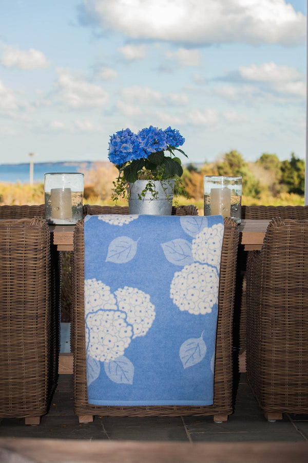 blue flower blanket with hydrangea flowers blanket throw by ChapyWrap