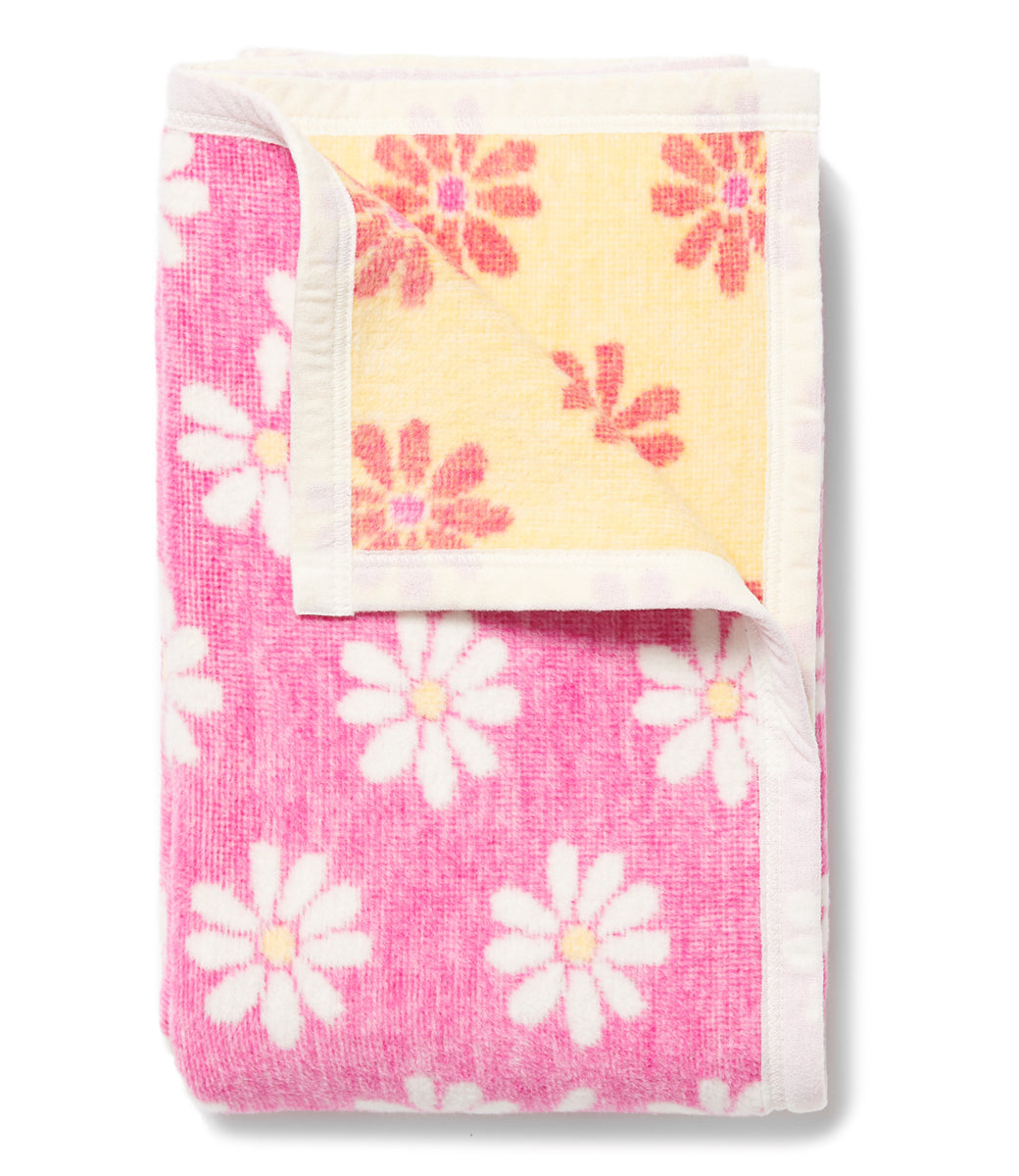 Picking Daisies Midi Blanket