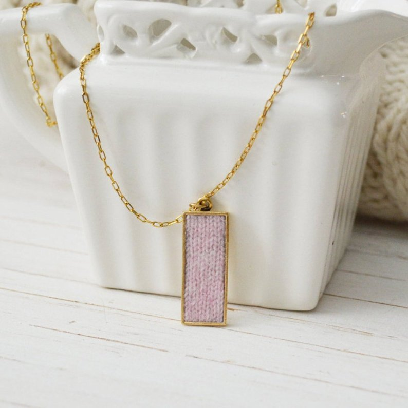Women's Preppy Dainty Cashmere Charm Necklace - Baby Pink