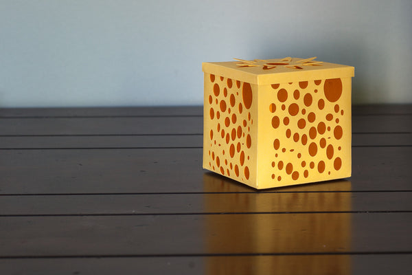 Votive candle holder yellow with orange bubbles paper