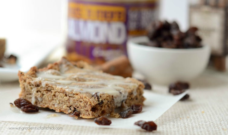 Nuts N More Iced Cinnamon Raisin Oatmeal Bars