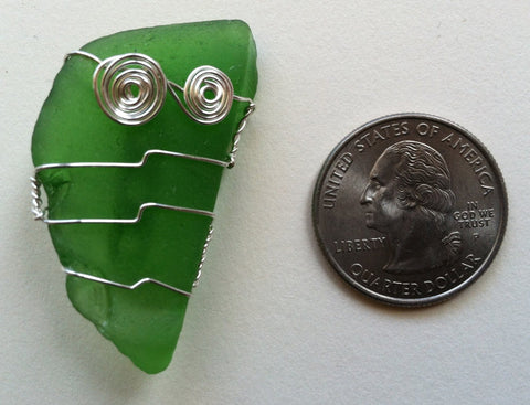 Wire-Wrapped Seaglass Brooch: Green Goblin