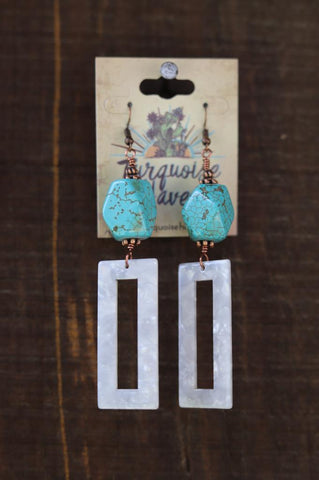 51934 White Acrylic w/ Turquoise Stone Earrings
