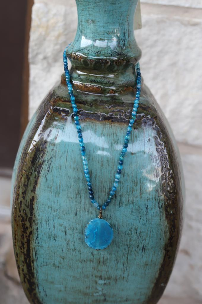 71913 Blue Agate Necklace