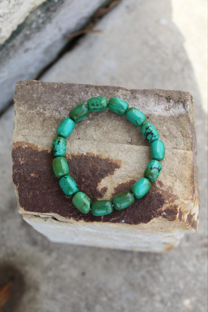 11198 Smooth Green Barrel Bracelet