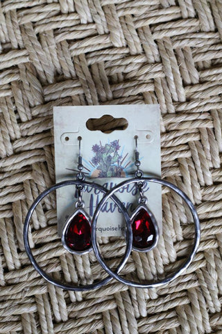 81945 Teardrop Red Crystal Earring