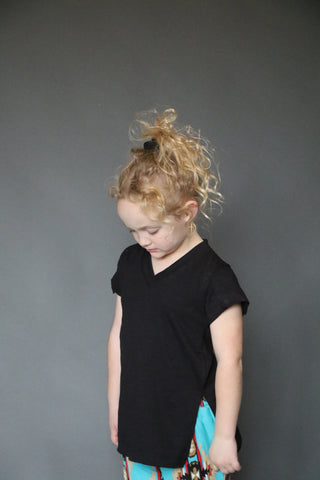 11382 Toddler Black V Neck Oversized Tee - Little Girls(6@$13.25)