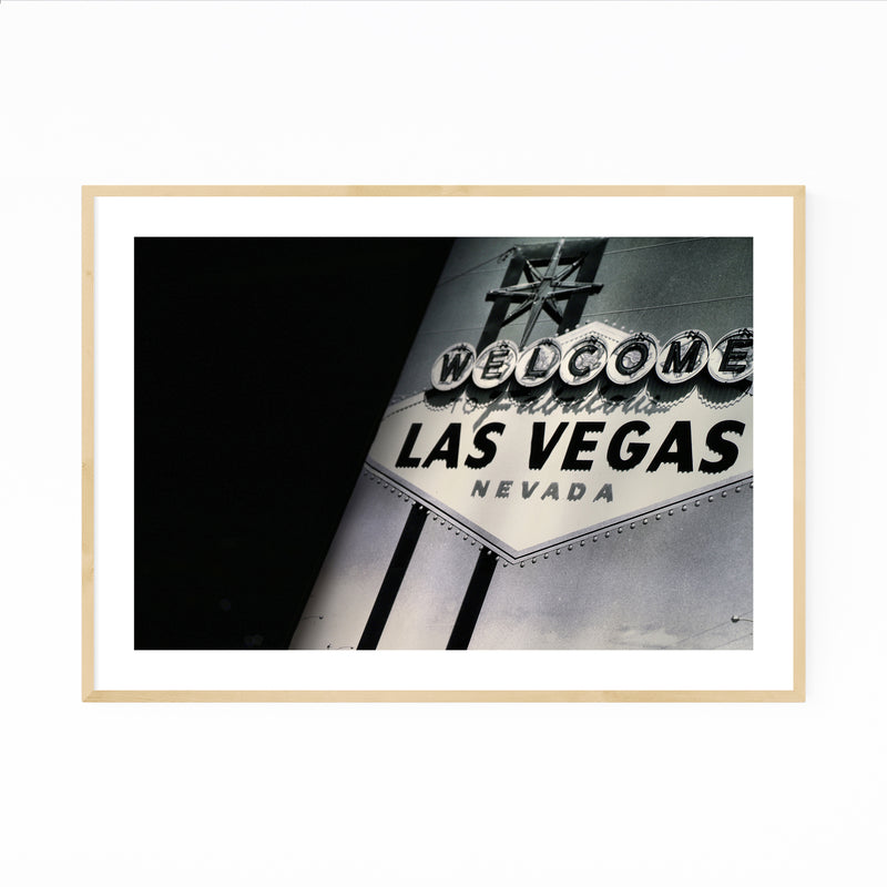 Welcome to Las Vegas Sign Photo Framed Art Print