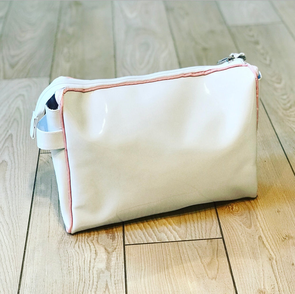 White with Light Pink Toiletry Pouch