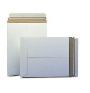 "5 1/8"" x 5 1/8"" Stayflats® Plus White Self-Seal Mailers - Shipping-Depot"