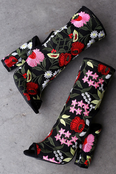 Liliana Embroidered Floral Mesh Chunky Heeled Mid Calf Boots - wardrobecult