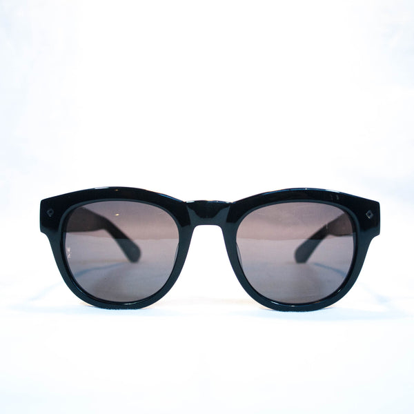 Wonderland colton gloss black/grey carl zeiss lenses front view