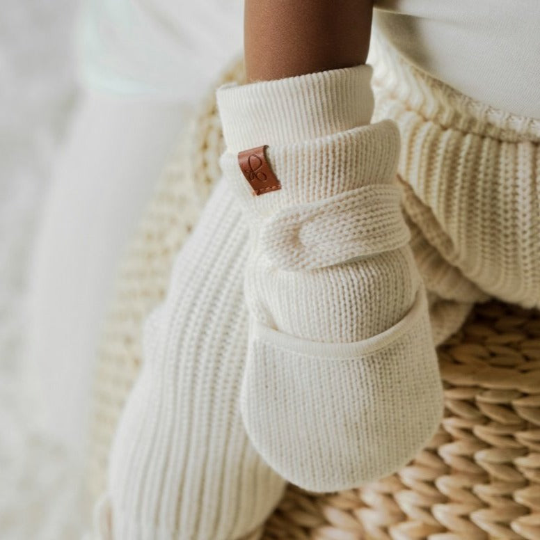 KNIT MITTS | MILK