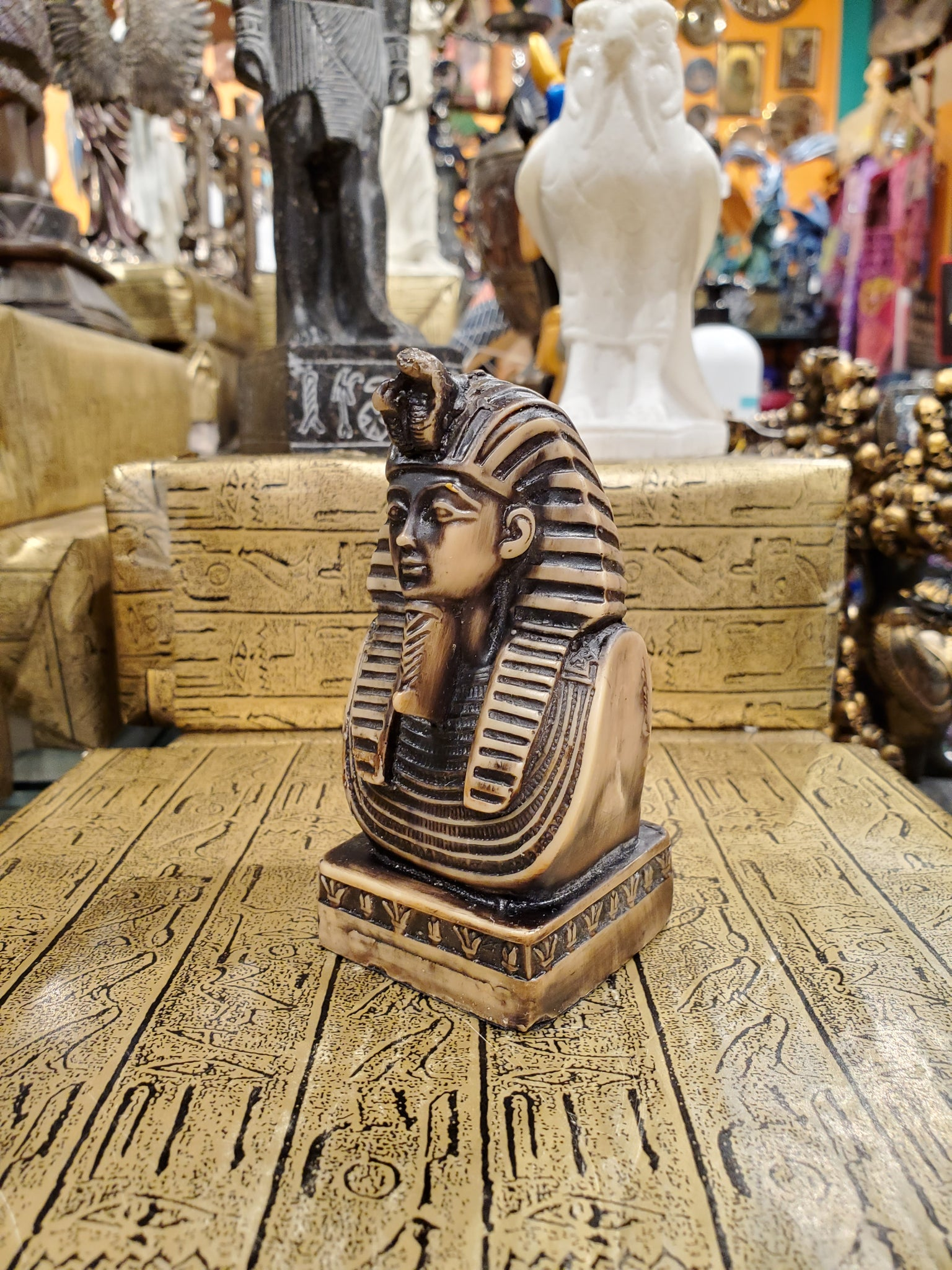 Pharaoh Statue - Made in Egypt