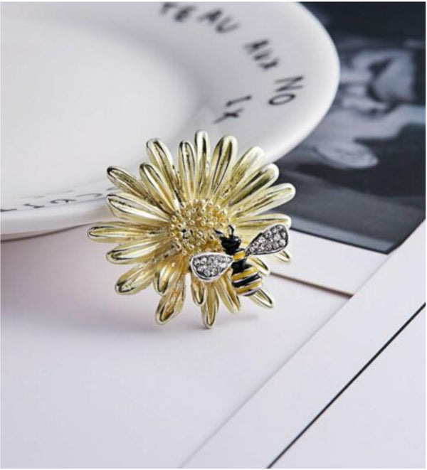 Flower Bee Brooch