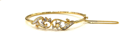 Arc Floral Oval Diamond Bangle