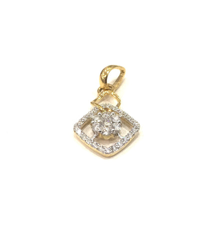 Halo Cluster Diamond Pendant