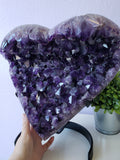 Top-Quality Amethyst Heart Display