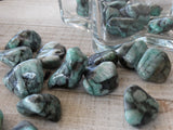 Tumbled Emerald (1Piece)