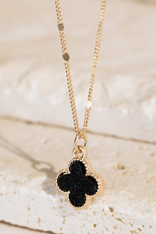 Clover druzy charm necklace (black)