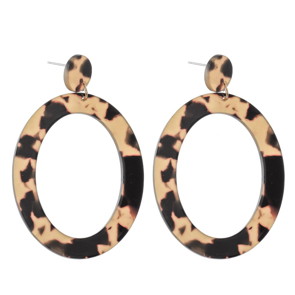 Oval tortoise statement earrings (beige)