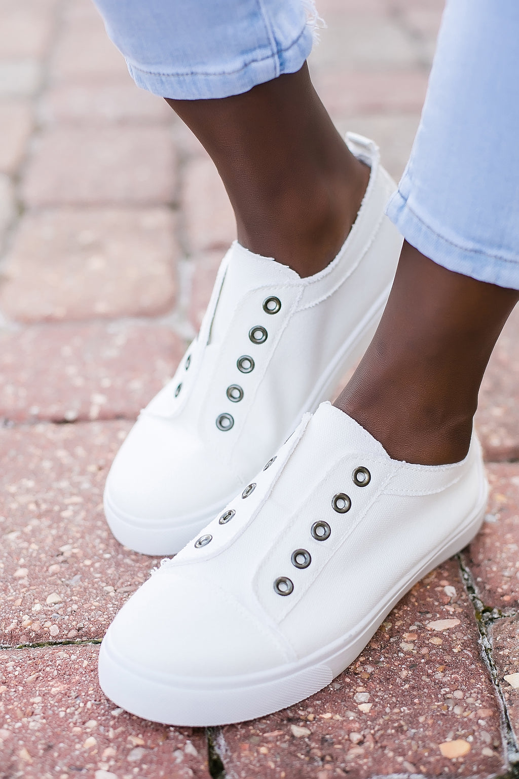 clean slate white canvas sneakers