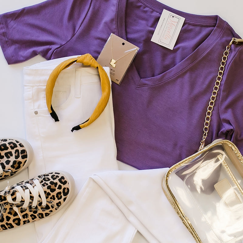 dusty purple v neck tee