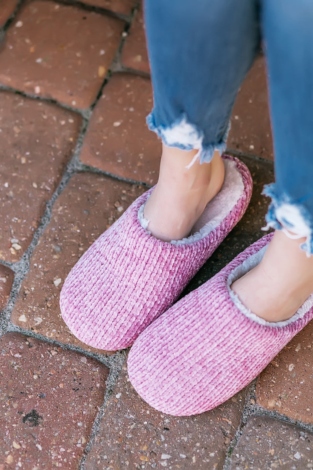 chenille slippers (lilac)