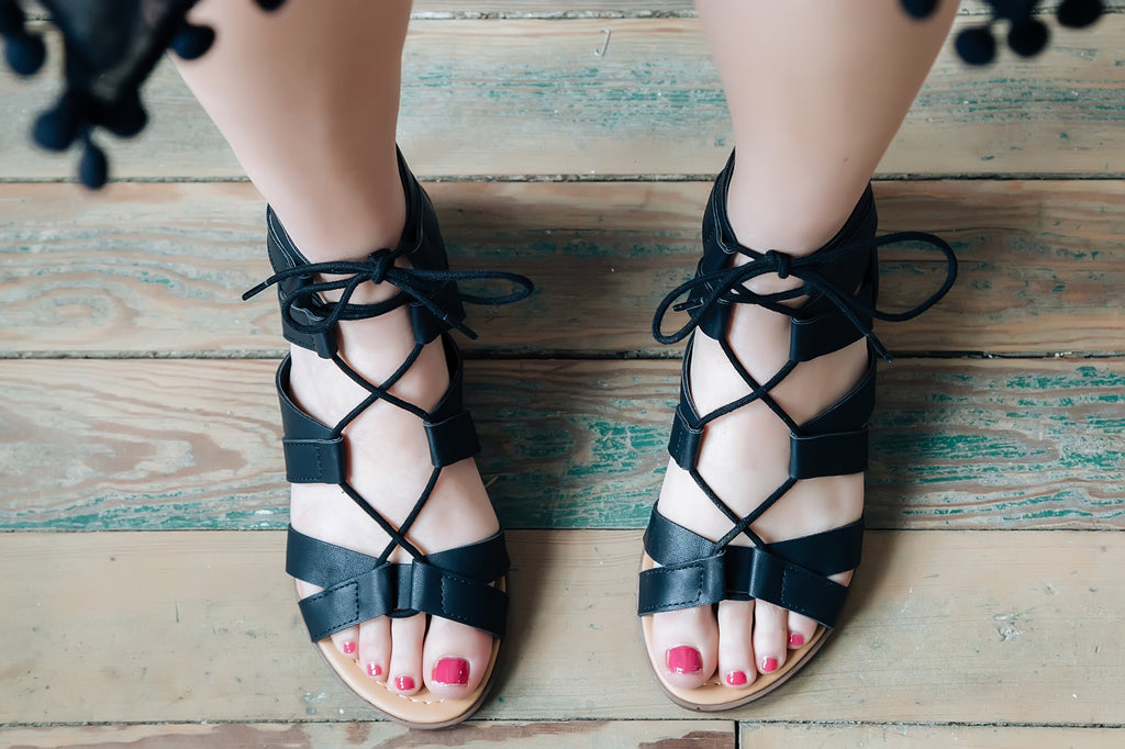 Camilla Gladiator Sandals (black)