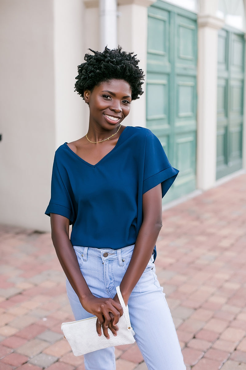 The dressier side solid v neck blouse (navy)