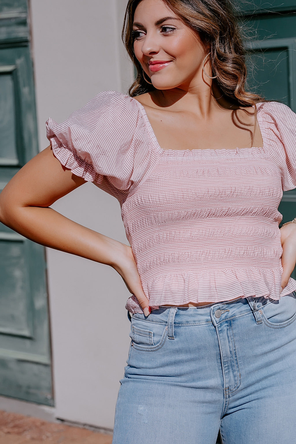 vida smocked puff sleeve top (pink striped)