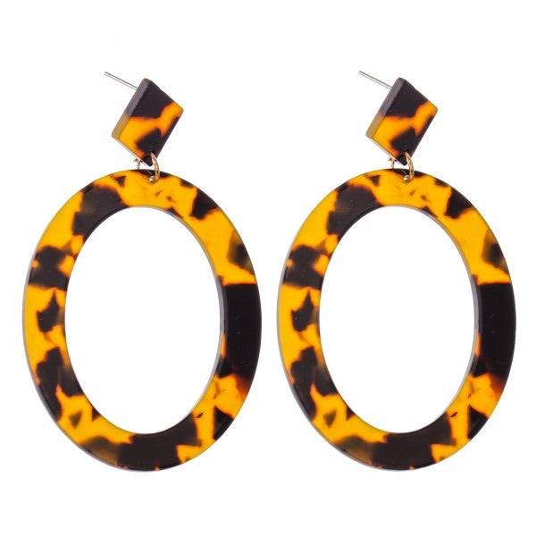Oval tortoise statement earrings