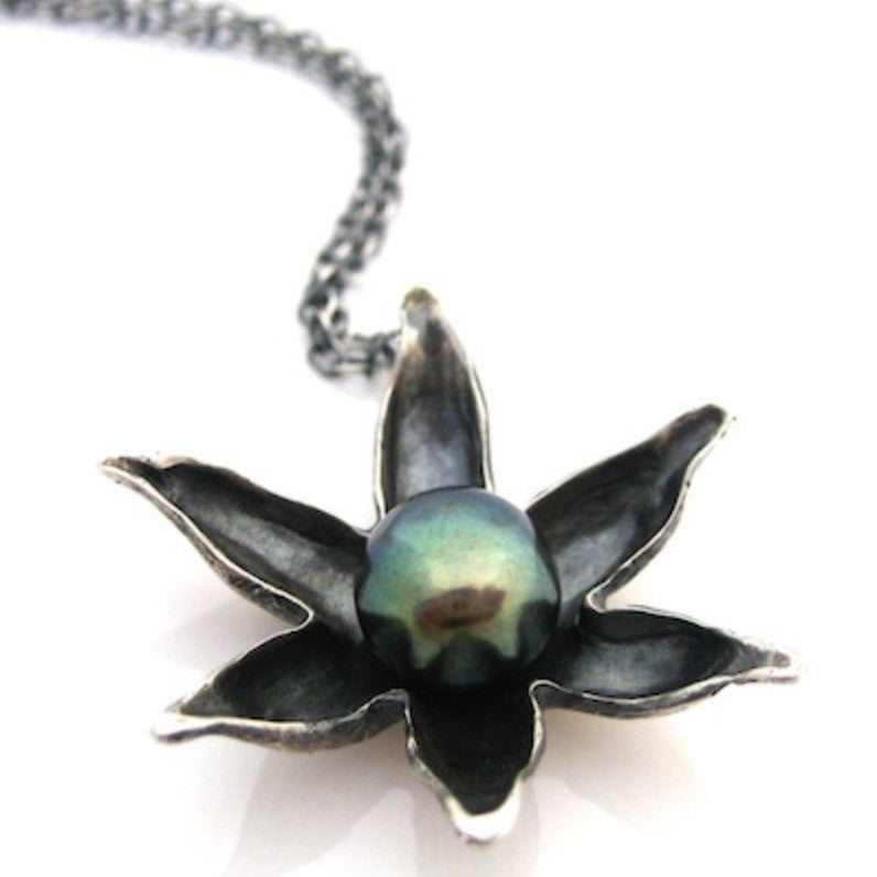 Necklace | Floating Lotus