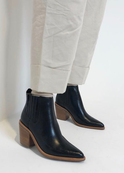 Shoes | Meadow Boot (Black)