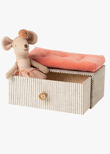 Soft Toy | Dancing Mouse in Daybed