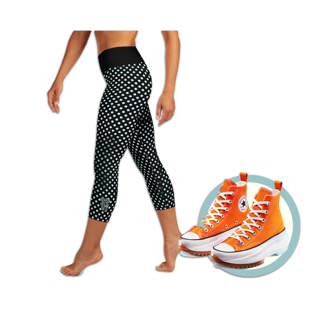 Sunblocked Run Star Hike Sky Blue Smoky Spotlight Halftone Dot Capri Yoga Leggings