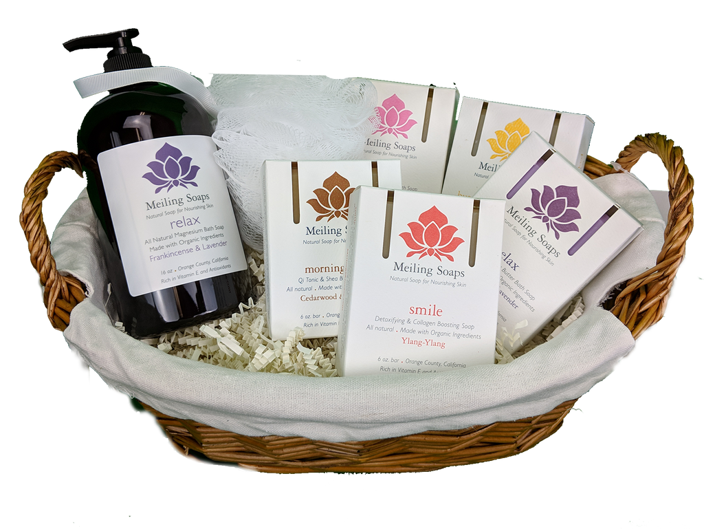 Natural Soap Gift Basket - 5 Bar 1 Bottle & Bath Sponge