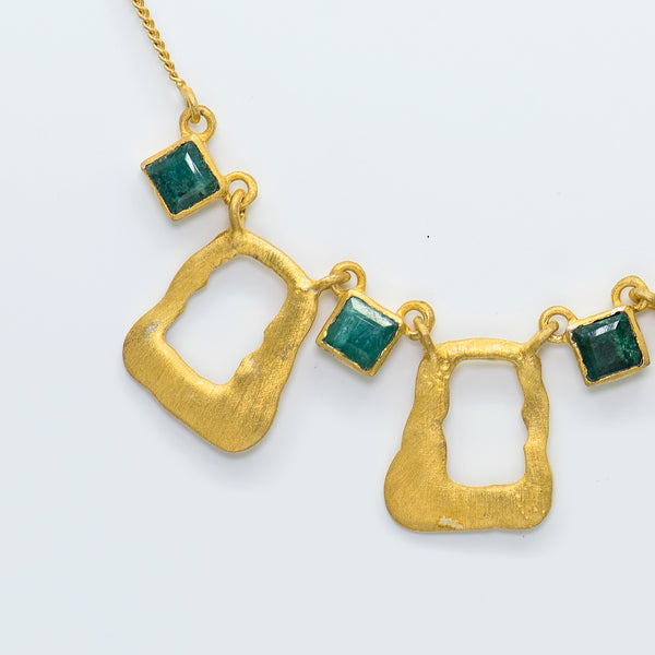 Designs-by-Ehmar-electrium-emerald-necklace-kalled-gallery