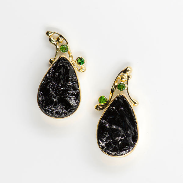black-tourmaline-tsavorite-gold-earrings-Jennifer-Kalled