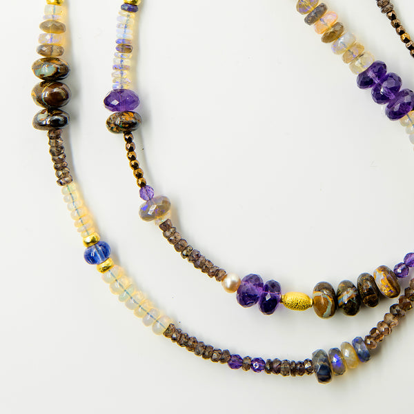 Gem-beaded-chain-boulder-opal-amethyst-sapphire-18k-gold-Jennifer-Kalled