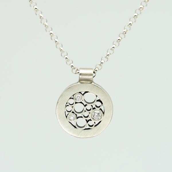 Belle-Brooke-Designs-Circle-Luz-Sterling-Silver-Diamond-Necklace-Kalled-Gallery