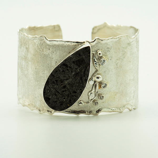 black-tourmaline-sculpted-cuff-bracelet-Jennifer-Kalled