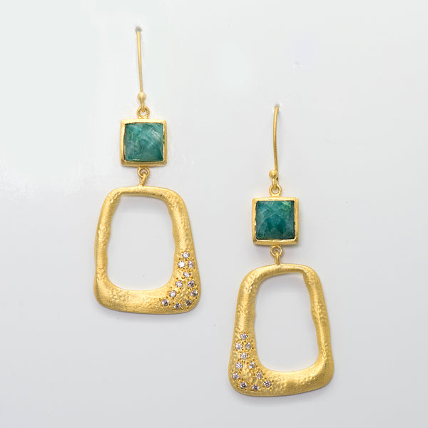 Designs-by-Ehmar-electrium-emerald-crystal-earrings-kalled-gallery
