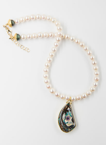 boulder-opal-pearl-18k-gold-necklace-Jennifer-Kalled