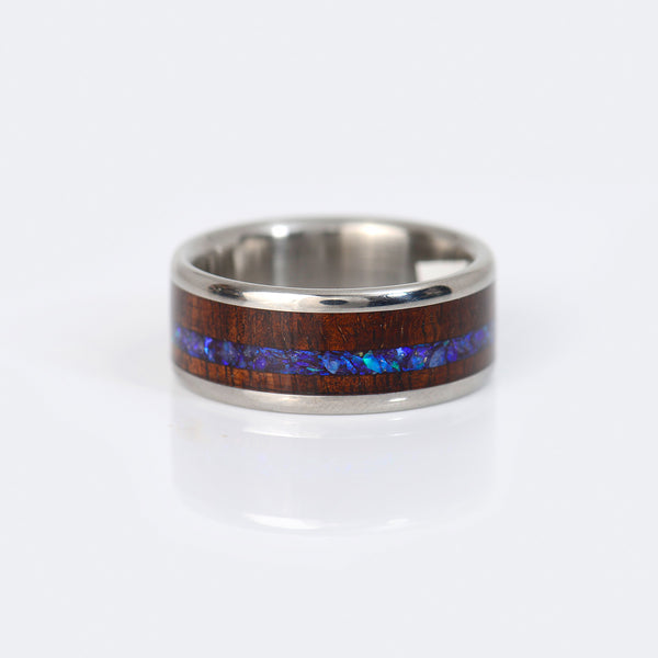 Hawaii-Titanium-Ring-wood-black-opal