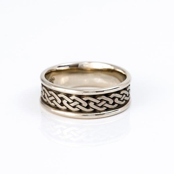Studio-311-white-gold-infinity-ring
