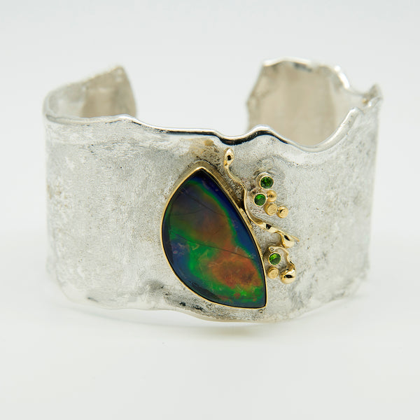 melted-cuff-bracelet-ammonite-chrome-diopside-sterling-silver-22k-18k-gold-Jennifer-Kalled