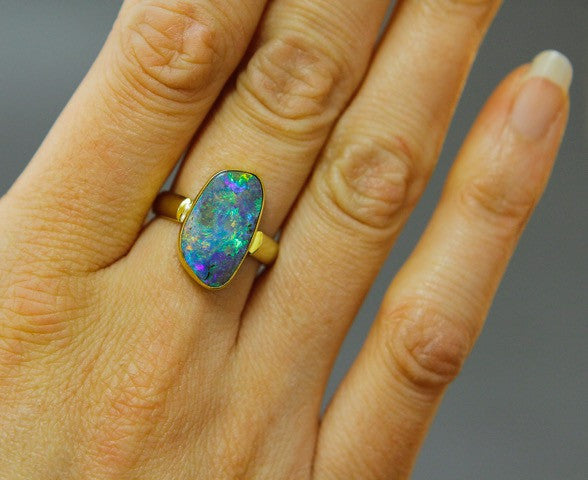 BOULDER OPAL RING in 22k &18k gold