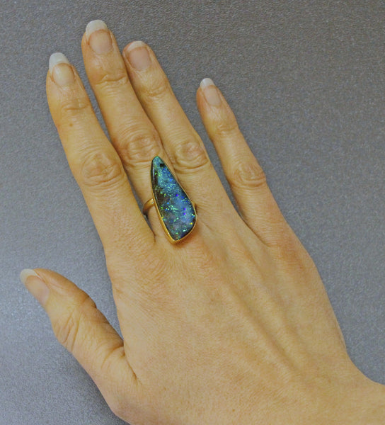 Boulder-opal-ring-gold-kalled