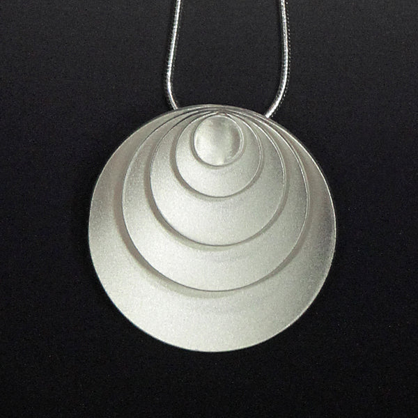 Kelim-Forever-circles-necklace